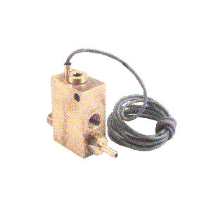 3022 Flow Switch With Pilot Feature